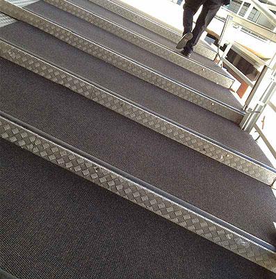 alfombras-industriales-notrax-antisuciedad-1